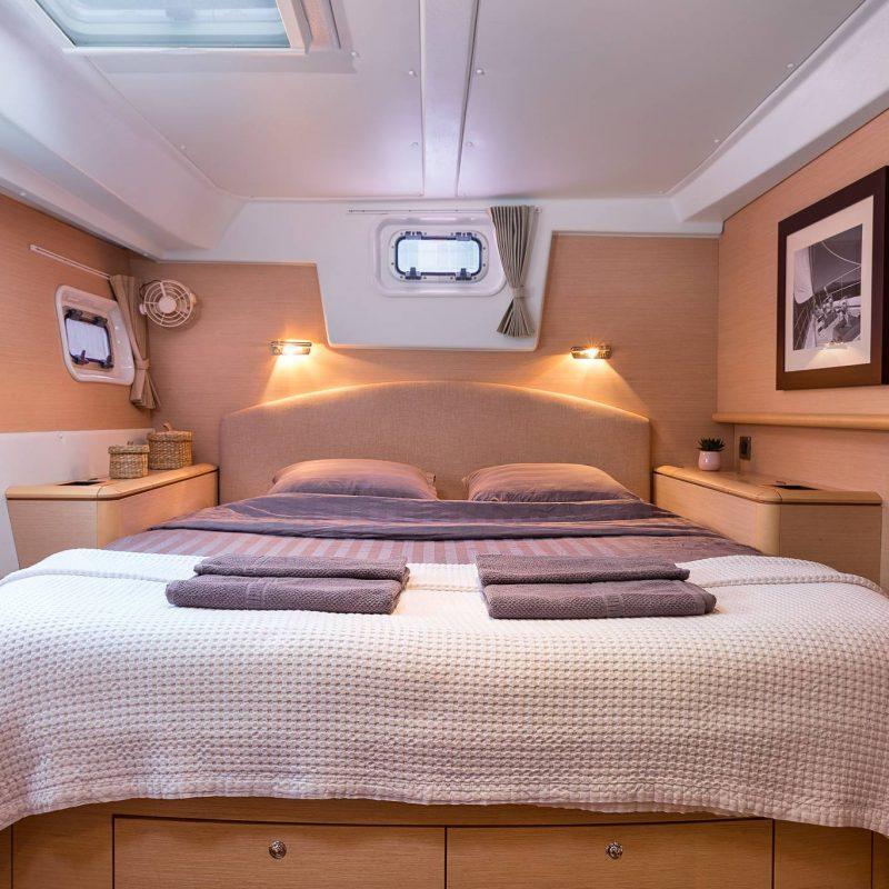 chartered-greek-saronic-islands-bedroom2-countrybred