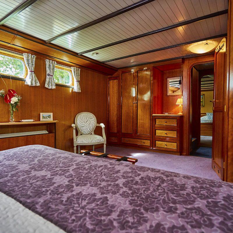 Cest La Vie - Luxury Hotel Barge