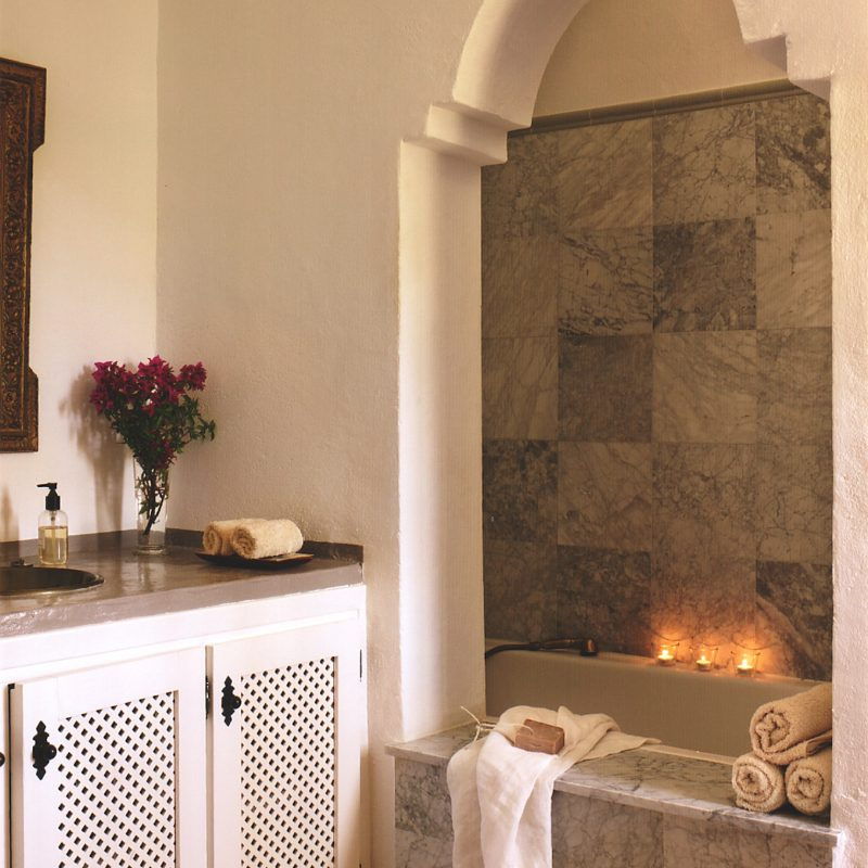 countryhouse-andalucia-casita-grande-bathroom-countrybred