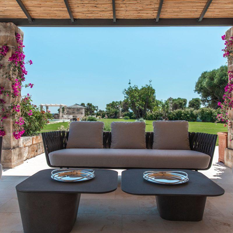 countryhouse-casa-piccola-outdoor-lounge-puglia-villa-countrybred