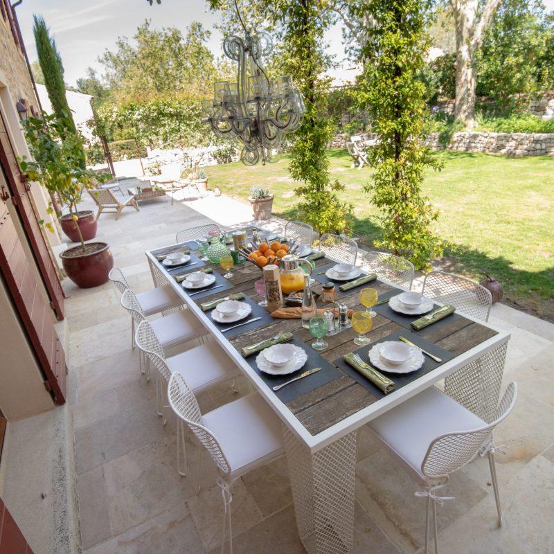 countryhouse-provence-villa-garden-countrybred
