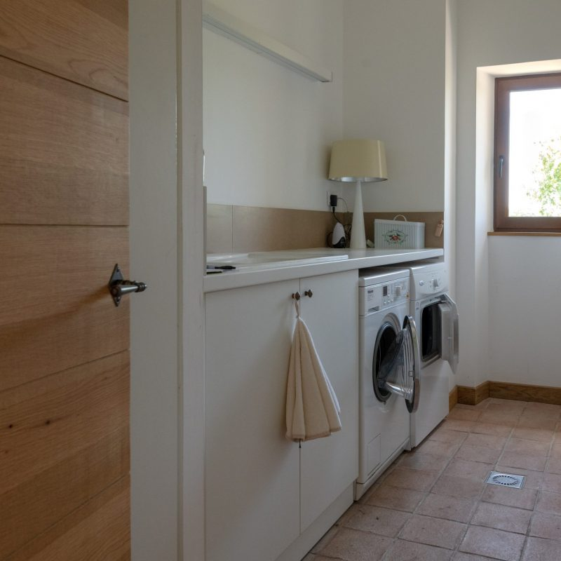 countryhouse-provence-villa-laundry-countrybred
