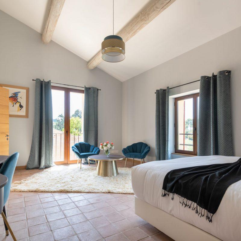 countryhouse-provence-villa-room1-countrybred
