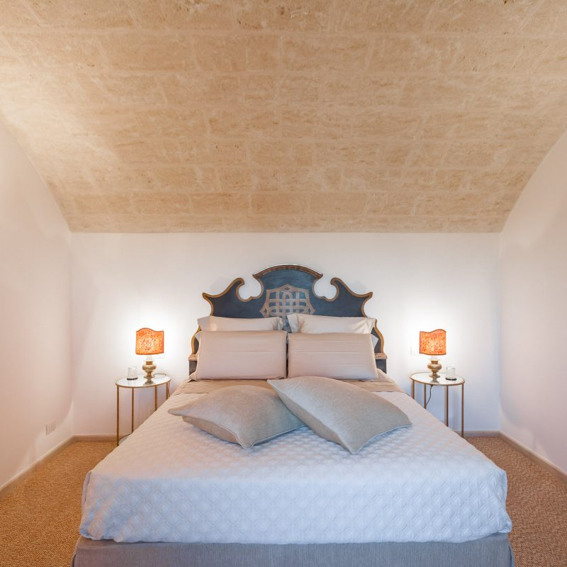 countryhouse-puglia-casa-grande-villa-bedroom2-countrybred
