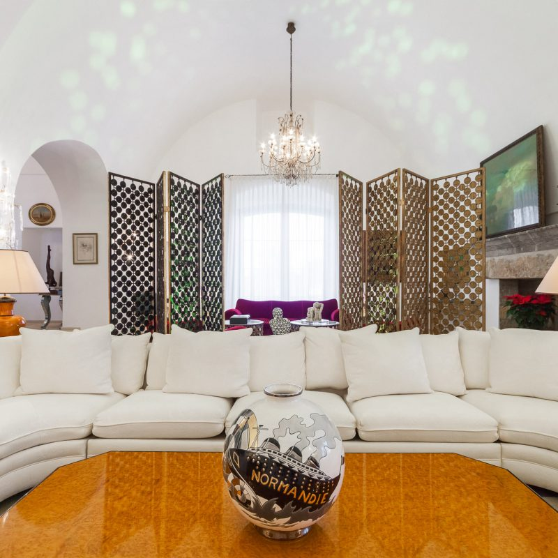 countryhouse-puglia-casa-grande-villa-living-room2-countrybred